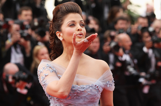 Aishwarya Rai Bachchan - Page 5 Photo_58_hires